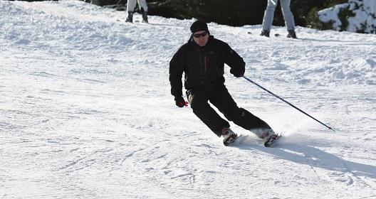 Ski racing at the ski club of Ireland